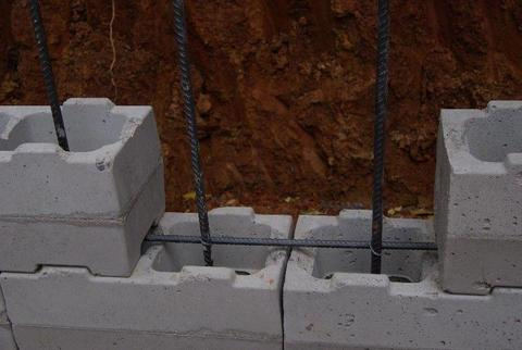 RETAINING WALL BLOCKS - STUMBELBLOC