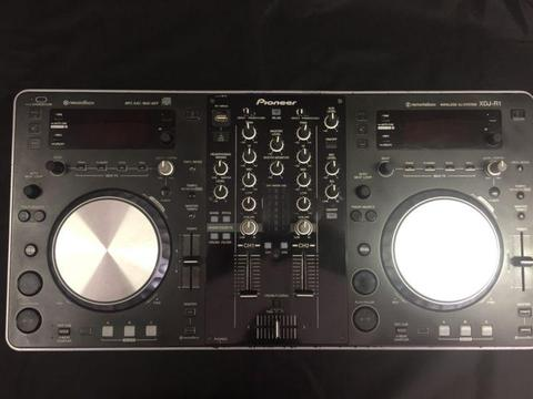 Pioneer xdjr1 usb / cdj controller CD player