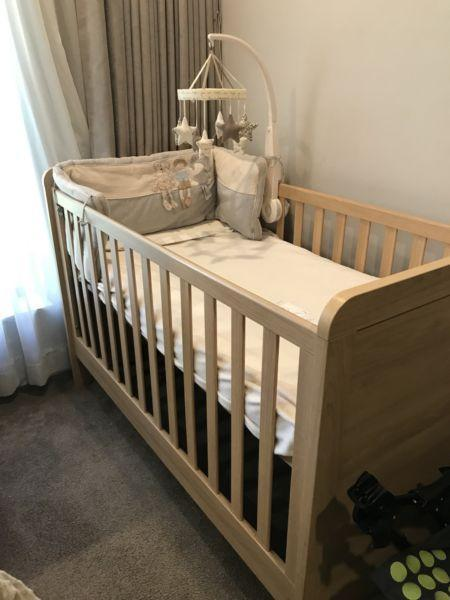 Shipley Classic cot & toddler bed