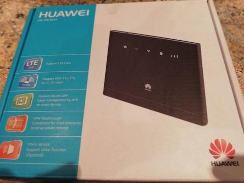 HUAWEI ROUTER & phone