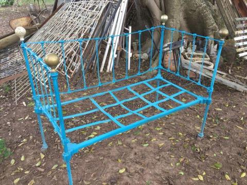 Antique wrought iron day bed!