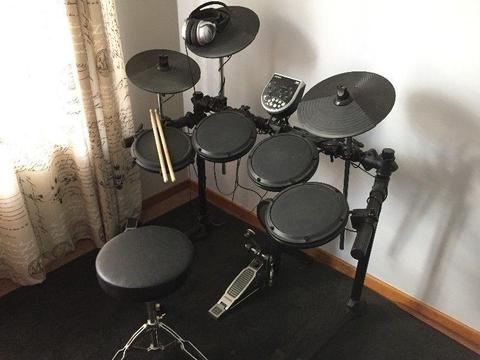 Alesis DM6 Electronic Drum Kit