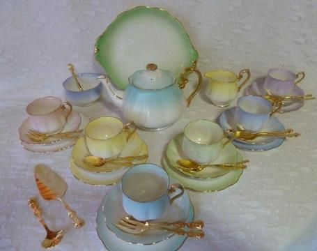 ROYAL ALBERT RAINBOW TEA SET FOR SALE
