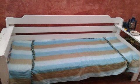 wooden day bed single bed