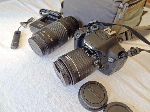 Canon EOS 700D DSLR with Twin Lens Like NEW