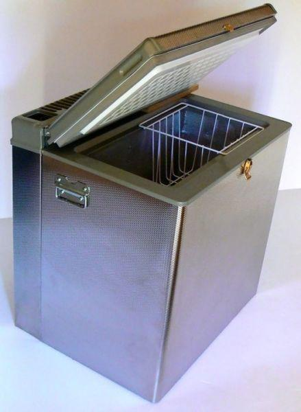 Camping fridge freezers - 3 way (gas,220v,12v) as well as 2 way (gas,220v)...and now also Snomaster