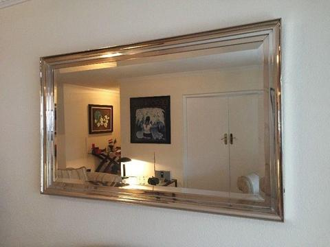 saloon mirror with frame
