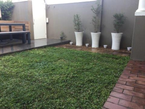 Instant lawn, bulk compost and lawn dressing