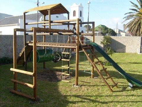 Wooden jungle gym(Kobus)