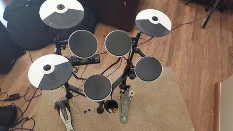Drum kit - Roland TD4KP Electronic Drum kit