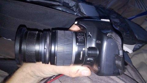 Canon EOS 450D dslr camera