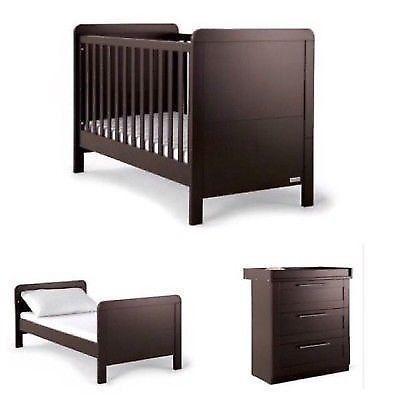 Baby cot and conpactum