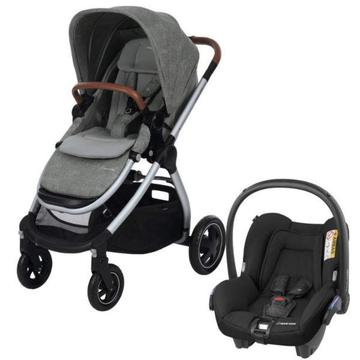 Maxi Cosi Adorra Stroller with Citi car seat and base in Nomad Grey