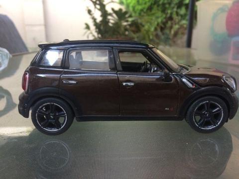 Mini Countryman model Diecast car