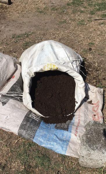 COMPOST - Naturally decomposed organic Fertilizer
