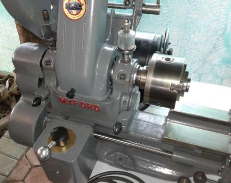 Lathe MYFORD ML7 with reverse and forward 3-speed with tread cutting gears fitted
