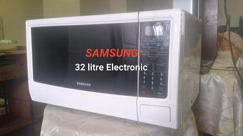 ✔ SAMSUNG 32 litre Electronic Microwave