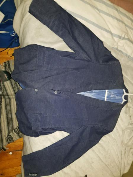 Angelo Litrico navy blue suit