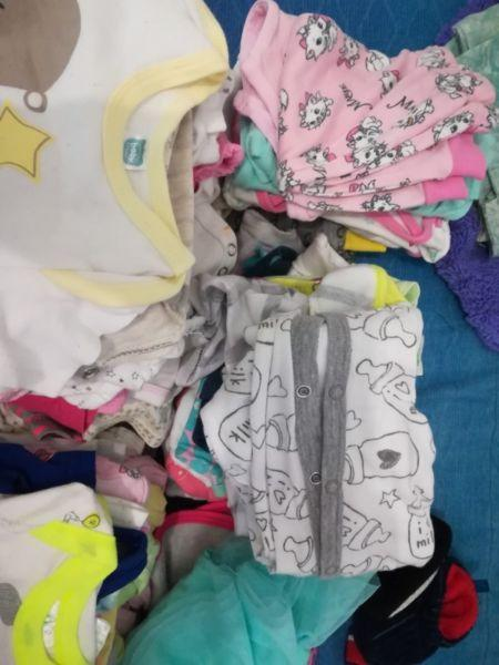 Baby girls (0-6months)Mixed bag clothing over 60 items for sale R400neg