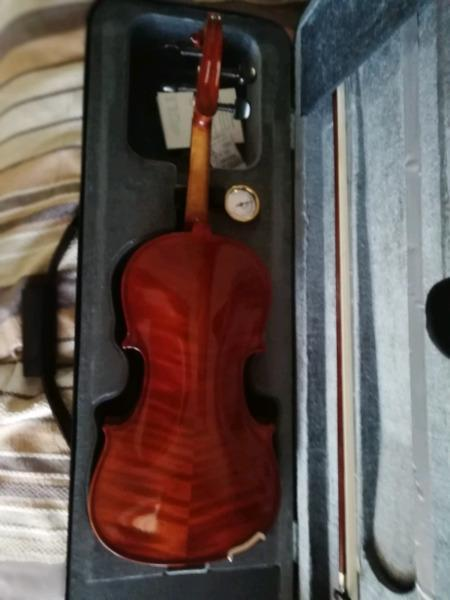 Stentor conservatories 2 full size violin