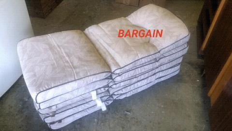 ✔ LIKE NEW!!! Patio Chair Cushions (×5)