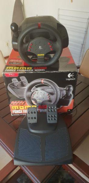 MOMO Racing Force Feedback Wheel