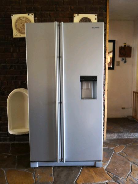 Samsung Double Door Fridge / Freezer
