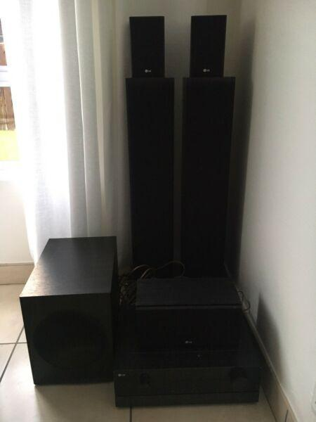 LG Surround Sound System for Sale - R3 500