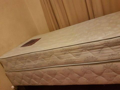 I come collect your unwanted beds or other home furnitures fridges and many more appliances