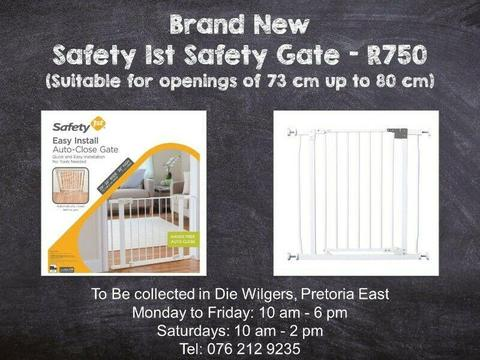 Brand New Safety 1st Safety Gate (Suitable for openings of 73 cm up to 80 cm)