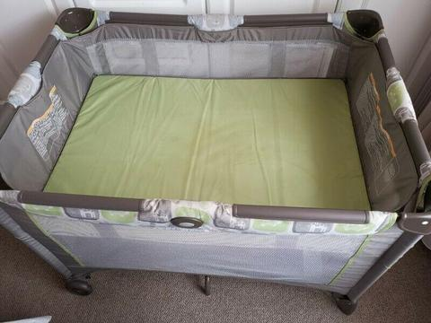 Graco Camp Cot for sale with Mattress